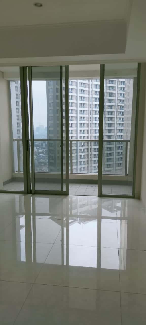 Taman Anggrek Residence Tower Azalea 3BR+1 Semi Furnished